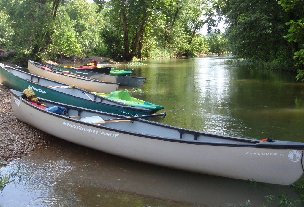 Canoe and Kayak Rentals - Explore the Duck River